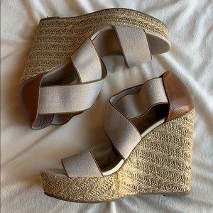 Candie's Wedge Heel